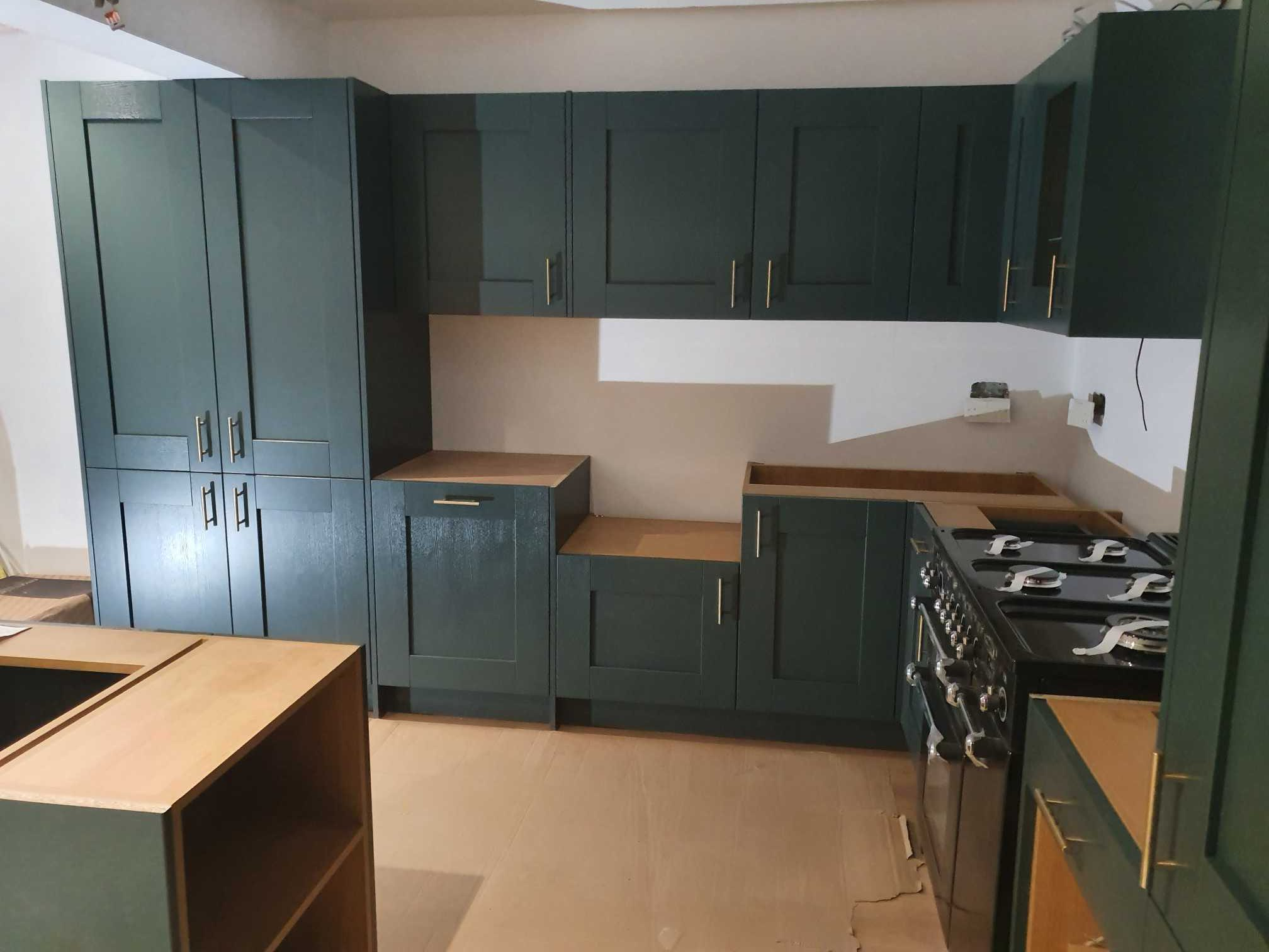 spray-painting-kitchen-cabinets-London