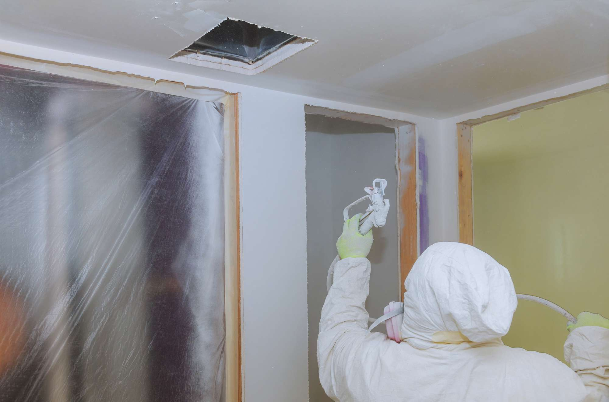 ceiling-spray-painting-London