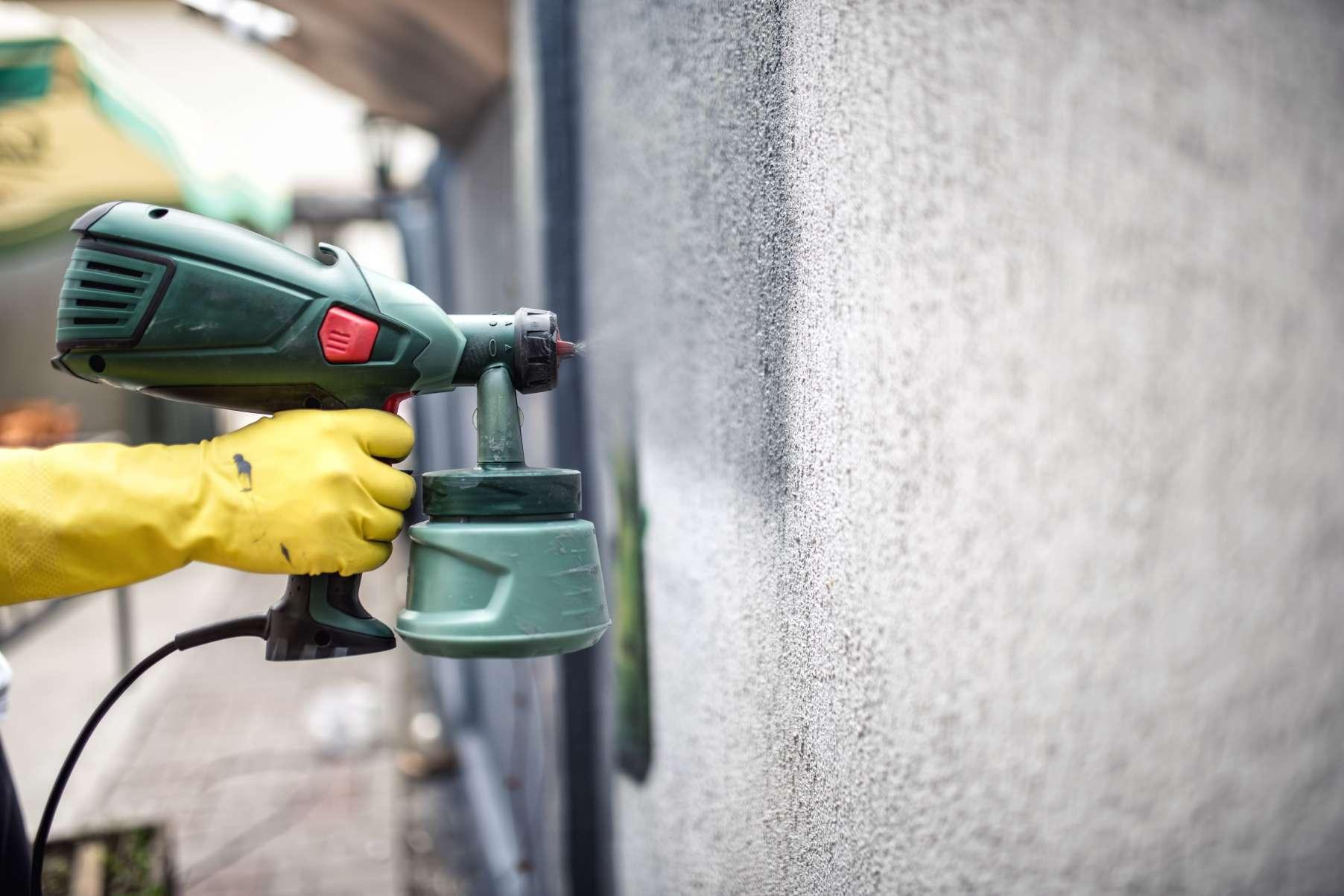 spray-painter-London